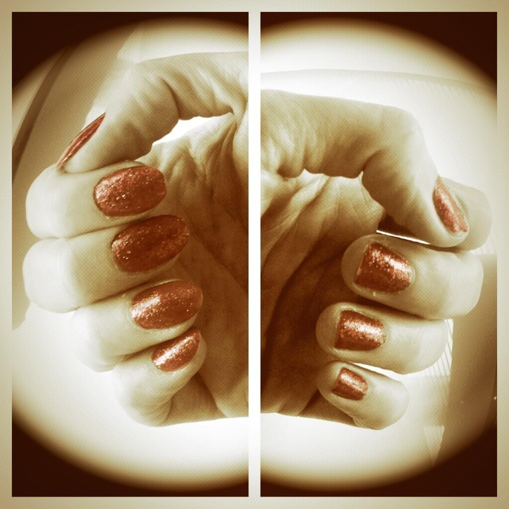 Ukulele Nails